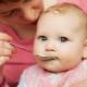 อาการท้องผูกในเด็กหลังจากให้อาหารเสริม