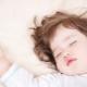 كيف تضع الطفل في النوم دون دموع أو دوار الحركة؟