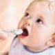 Kashi สำหรับการให้อาหารครั้งแรก: จากอายุและวิธีการให้พวกเขากับเด็ก?