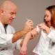 Kontraindikasi terhadap vaksinasi dan apa yang harus dilakukan jika kanak-kanak mempunyai batuk atau hidung berair?