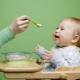 Menu kanak-kanak dalam tempoh 10 bulan: asas diet dan prinsip pemakanan