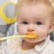 จะให้ไข่แดงแก่เด็กและแนะนำให้รู้จักกับอาหารเสริมได้อย่างไร