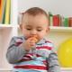 Di manakah umur seorang kanak-kanak diberi persimmon?