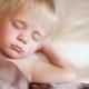 Kenapa seorang kanak-kanak gnash giginya dalam mimpi?