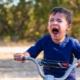 Et si l'enfant se mordait la langue au sang?