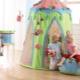 Khemah kanak-kanak bermain di rumah dan apartmen
