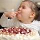 Pada umur berapa anda boleh memberi gula kepada kanak-kanak?