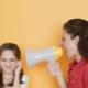 จะหยุดตะโกนใส่หน้าเด็กได้อย่างไร? เราเข้าใจเหตุผลและฟังนักจิตวิทยา