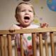 ينام الطفل في الليل بهدوء: نصيحة من علماء النفس
