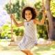 Altalena in legno per bambini