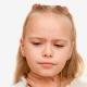 Cosa fare se un bambino ha mal di gola e febbre?