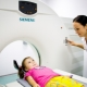 التصوير بالرنين المغناطيسي لدماغ الطفل