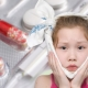Co dělat, když dítě ucho střílí?