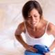 4 minggu kehamilan: pelepasan dan sakit di abdomen bawah