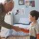 มารยาทสำหรับเด็กวัยเรียน: กฎและพฤติกรรม