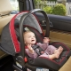 Tempat duduk kereta untuk bayi dari lahir: bagaimana memilih dan memasang dengan betul?