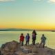 Istirahat di Tasik Baikal dengan kanak-kanak