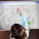Was ist Sandtherapie und wie hilft sie Kindern?