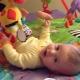 Čo robiť, ak dieťa nedrží hlavu 4-5 mesiacov?