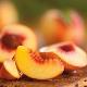 ลูกพีชในระหว่างตั้งครรภ์และให้นมบุตร: ประโยชน์และอันตรายเคล็ดลับในการกิน