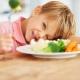 ماذا لو كان الطفل لا يأكل الخضروات؟