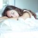 เริ่มจากสัปดาห์ใดของการตั้งครรภ์คุณไม่สามารถนอนบนท้องของคุณและมันขึ้นอยู่กับอะไร?