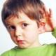 Bambini con problemi di udito: educazione, apparecchi acustici e riabilitazione