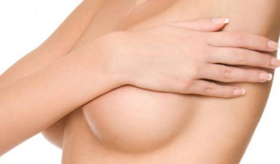 الثدي في المراحل المبكرة من الحمل 20 صورة متى يبدأ الصدر في الأذى لماذا يتوقف عن الألم وينمو عندما ينمو وكيف يبدو