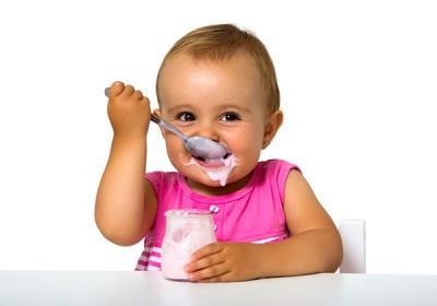 Kefir ดื่มเด็กในรูปแบบที่บริสุทธิ์ที่สุด
