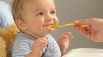 ก่อนให้อาหารทารก