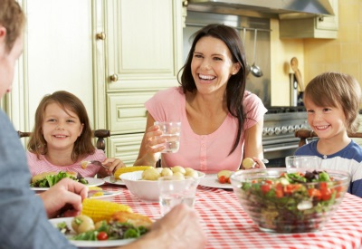 Pemakanan yang betul untuk keluarga dengan anak-anak