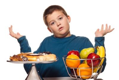 Anak penuh - makanan