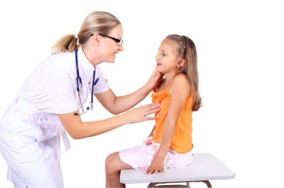 Bambino e dottore