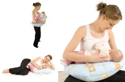 Cuscino speciale per l'alimentazione del neonato