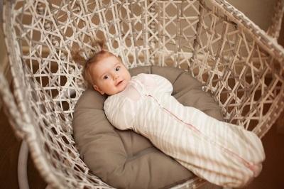 Cocoon untuk bayi baru lahir - menjahit dengan tangan anda sendiri