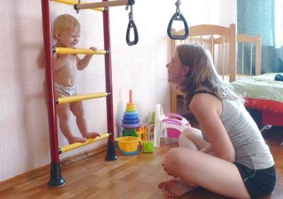 Muro svedese per un bambino in 1,5 anni