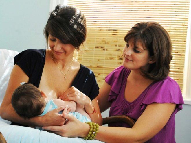ผู้เชี่ยวชาญด้านการเลี้ยงลูกด้วยนม